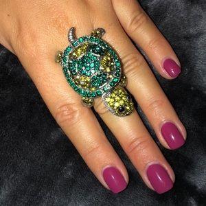 Betsey Johnson green rhinestone Turtle ring